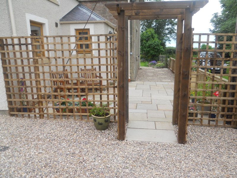 Trellis Work & Fencing 6