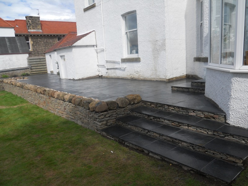 Garden Walls and Steps 9